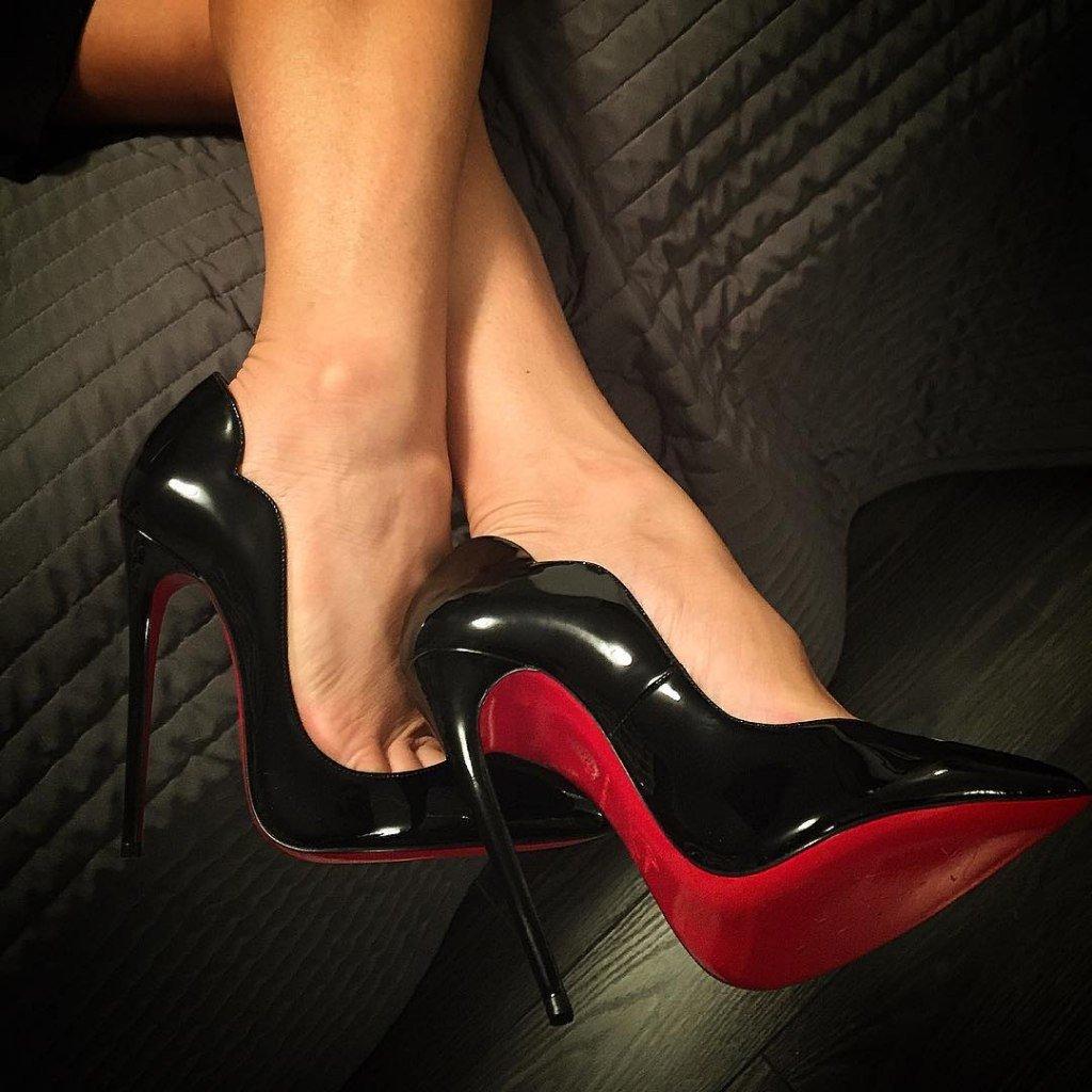фетиш в красных туфлях - 8